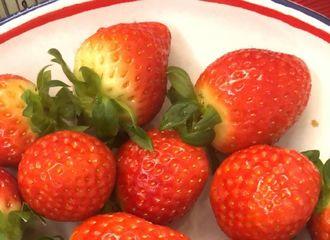 [分享]180119 吃货西选择困难症发作 草莓还是樱桃?