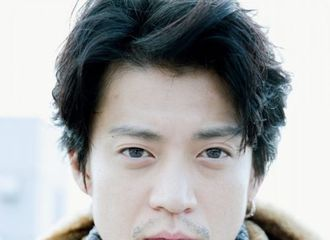 [分享]180126 小栗旬的冬季写真   温暖的型男