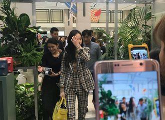 [分享]180615 走在时尚尖端的TOP GIRL 郑秀晶亮相首尔时尚活动现场