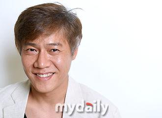 """[分享]180621 演员朴浩山采访提及IU """"《我的大叔》剧组非常重感情"""""""