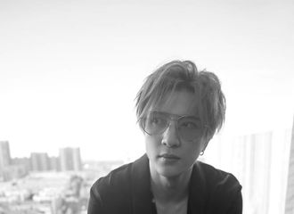 [薛之谦][分享]190829 去年今日|2018华人歌曲音乐盛典薛之谦荣获内地年度最受欢迎男歌手