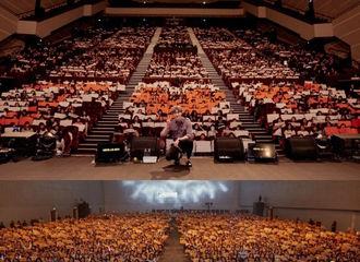 [新闻]180917 李钟硕和6000余名粉丝一起度过了30岁生日... 感动的粉丝见面会