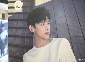 [分享]180921 白敬亭将出席上海品牌活动 坐等新鲜小白