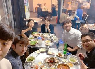 [分享]190409 滴~跟着歌手大人吃遍韩国的吃货日记更新!