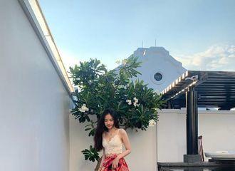 [新闻]190522 娜恩前往越南度假  展现绝美身材!