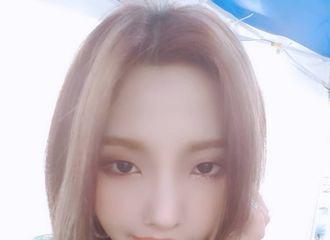 [新闻]190523 (G)I-DLE昭妍,用自拍展示霸气的次时代厉害姐姐
