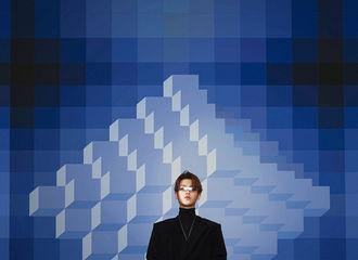 [消息]Justin《NYLON 尼龙》五月刊封面 欢迎来到属于黄明昊的时代2002