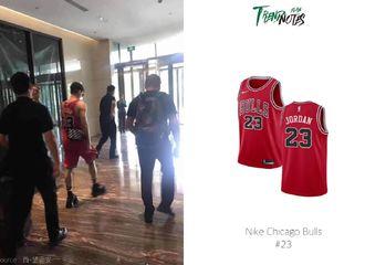 [分享]190719 李易峰今日造型科普 身穿红色篮球衣青春热血