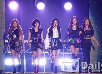 [Red Velvet][新闻]190816 RedVelvet今日出席K-World Festa,两曲舞台点燃夏日!