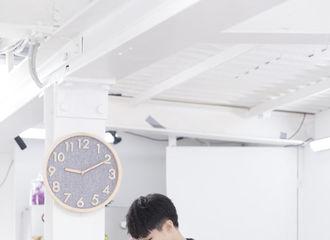 [TFBOYS][新闻]190823 工作室更博放王俊凯新剧照,今晚十点王经理不容错过
