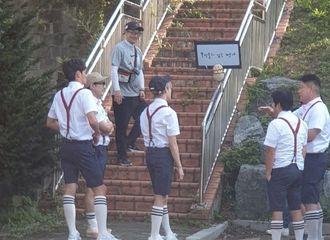 """[新闻]190824 新综艺《We Play》剧透,学长""""河成云""""即将来袭!"""