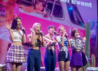 [Red Velvet][新闻]190905 Red Velvet在印尼宣传活动盛况空前...当地媒体也高度关注!