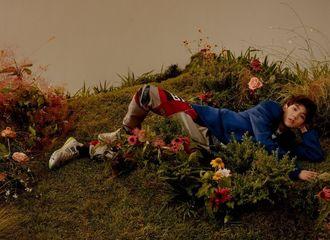 [分享]190920 花丛中的仙子王源 一场与花的邂逅