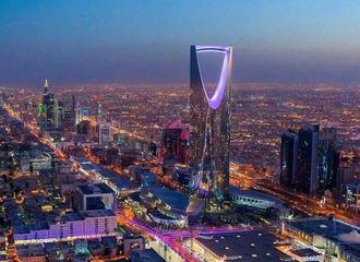 [防弹少年团][必威betway]191011 沙特阿拉伯首都利雅得的现况,为迎接防弹而亮起紫色灯光