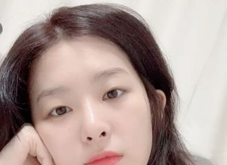 [Red Velvet][分享]191027 超想你啊!今日份新鲜涩琪自拍送达!