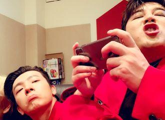 [Super Junior][分享]191103 30代男孩子们的友谊真可爱啊!东嘿童童搞怪同框