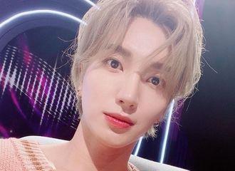 [Super Junior][分享]191114 利特,精灵般的金发外貌...女心狙击的深情眼神