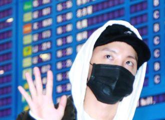 [防弹少年团][新闻]191205 防弹少年团结束海外行程经由仁川国际机场入境丨辛苦啦~七位少年