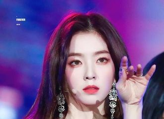 [Red Velvet][分享]191208 Theqoo热议:一提到Irene就会想到的传奇照是...?