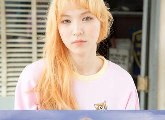 [Red Velvet][分享]191217 Theqoo热议:从金发来看的22岁和26岁的Wendy