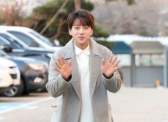 [黄致列][新闻]200102 黄致列将担任声乐导师出演KBS新综艺《音痴逃脫生存-Texit》