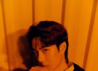 [新闻]200121 摄影师分享王一博品牌宣传大片新图 酷盖少年拥有无限的帅气
