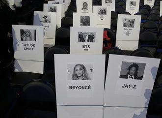 [新闻]200124 防弹出席格莱美实感,座位就在Taylor旁边