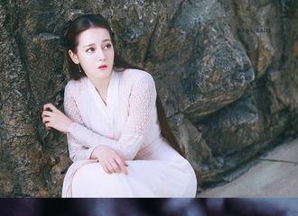 [新闻]200324 迪丽热巴连续26天登V榜第一 《枕上书》播放量破74.7亿!