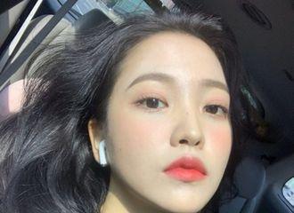 """[新闻]200604 Red Velvet Yeri拥有独一无二的美貌""""久违的自拍"""""""