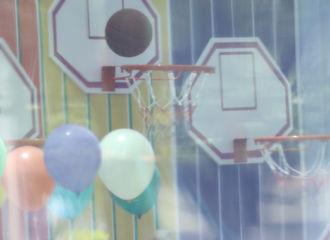 [新闻]200628 蔡徐坤打篮球路透公开 不用等到天黑也可以去打篮球!