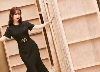 [新闻]200802 杨紫腾讯视频年度发布会造型公开 黑色修身长裙优雅神秘