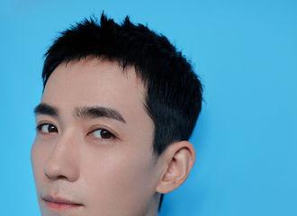 [新闻]200806 上海最靓的猛楠出现了!朱一龙出席品牌大秀九宫格造型图公开