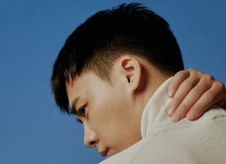 [分享]210828 去年今日 李易峰《ELLEMEN》内页公开 作为演员他还很年轻