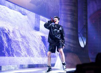[新闻]200915 吴亦凡分享绿洲动态 回味新说唱公演超燃现场