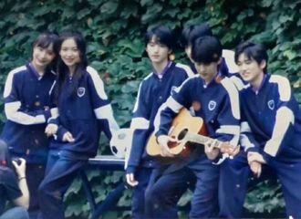 [分享]200920 时代少年团巴蜀中学拍摄花絮图 少年可抵岁月漫长