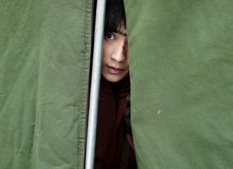 [新闻]200921 来自小三爷的六宫格周一问候抵达 元气满满才能安全下墓