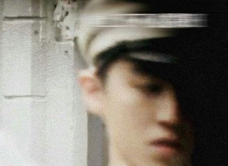 [分享]201126 王俊凯民国风图照来袭 朝气风发的少年郎