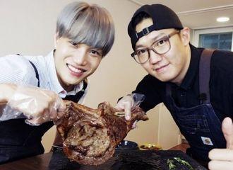 [分享]201128 EXO KAI今晚将在肉食侠频道登场,一起来干饭啦!