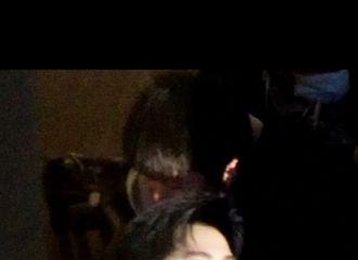 [新闻]210106 杨洋《你是我的荣耀》戏份杀青 手捧鲜花的杨总清冷高傲贵气十足!