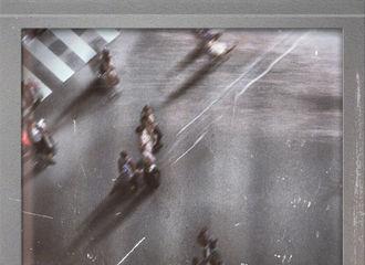 [新闻]210417 鹿晗全新数字单曲《风吹过》正式发布 一起细细聆听风说的话