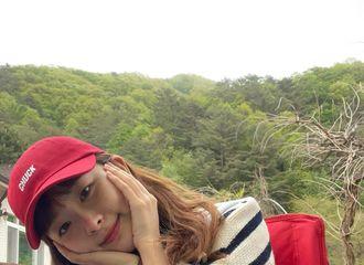 """[新闻]210509 Red Velvet涩琪花开了...Yeri""""看起来不错阿,好玩吗?"""""""