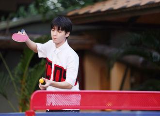 [新闻]210511 《恰好是少年》第五期加更版上线 阳光少年王俊凯肆意挥洒汗水