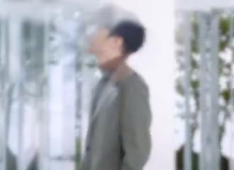 [新闻]210606 法国希思黎首位全球品牌代言人即将官宣 帅气侧影和走姿是王俊凯无疑!