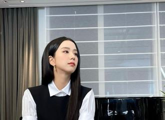 [新闻]210618 BLACKPINK 智秀,连名牌都看不见...闪耀的YG公主美貌