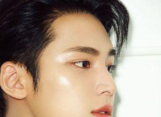 [分享]210824 珉奎携手品牌拍摄《1st Look》封面人物,8月27日公开