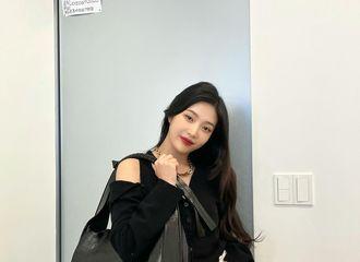 [新闻]210913 Red Velvet Joy,干练·活泼秋装...变得更漂亮了
