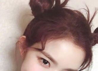 [分享]210921 Theqoo热帖:感觉超会自拍的Irene