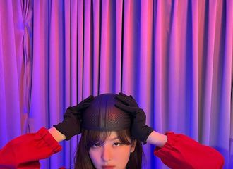 """[新闻]211027 Red Velvet涩琪,""""鱿鱼游戏""""完美cosplay...相似度100%"""